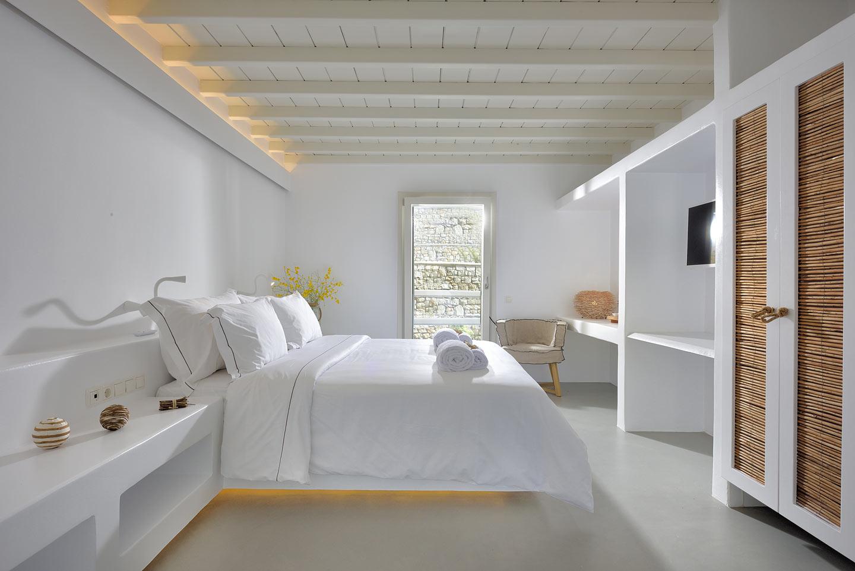 villa holidays in mykonos