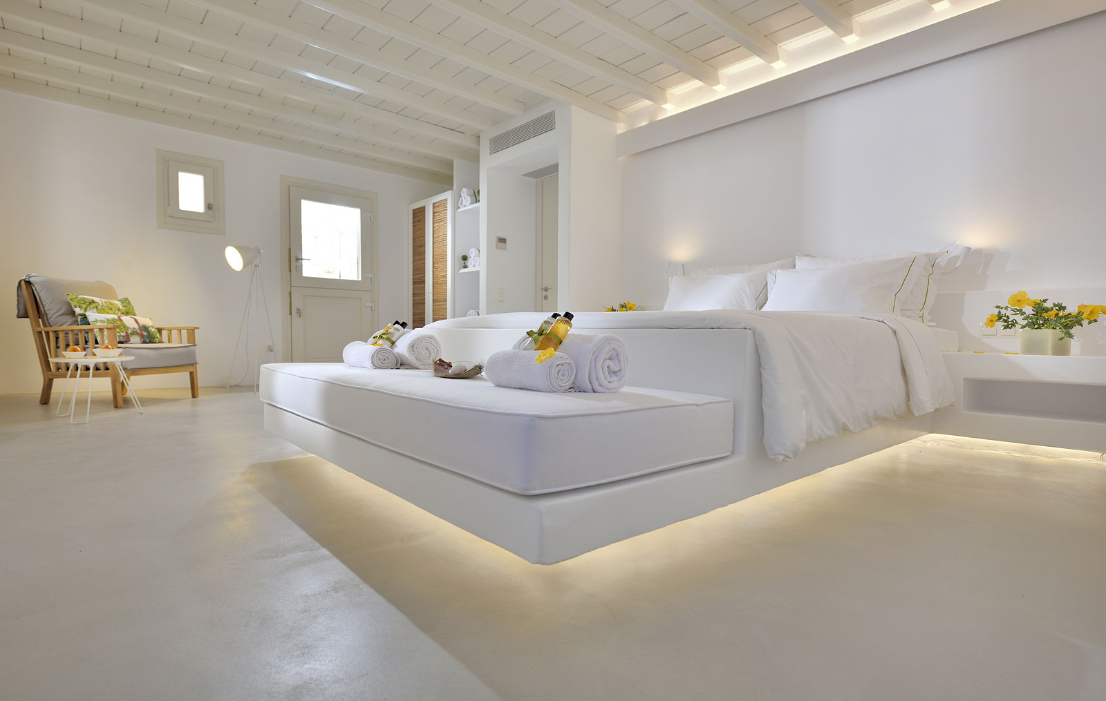 villa holidays in mykonos