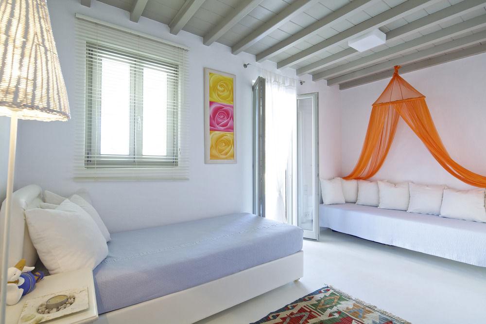 myknos villa holidays