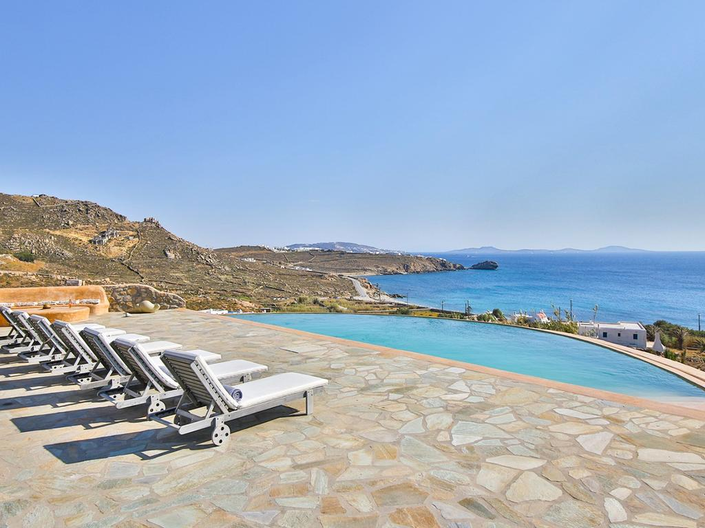 villa moonlight mykonos