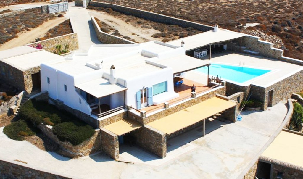 lighthouse villa mykonos