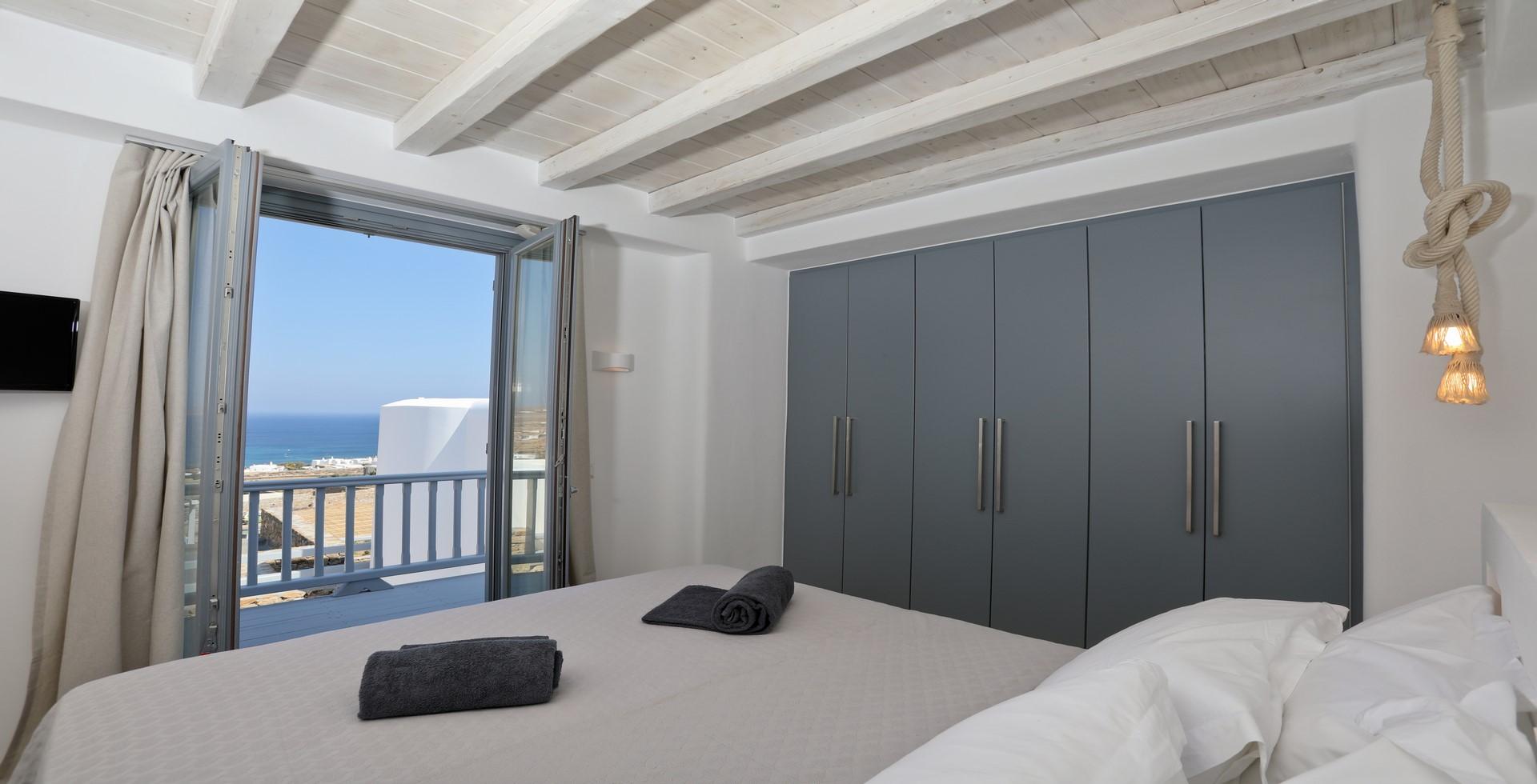 villa ilios kalafatis bedroom