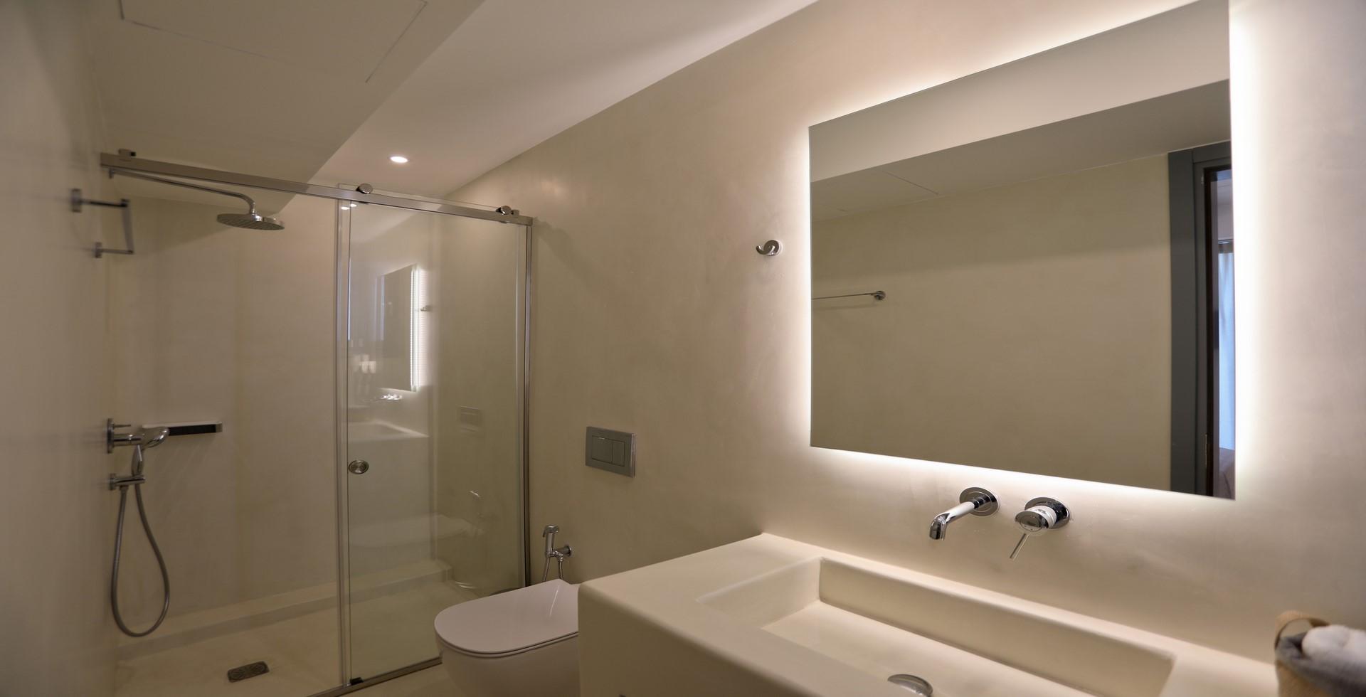 villa ilios shower