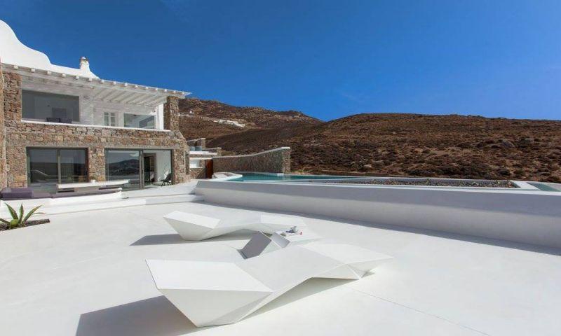 villa adriana ftelia mykonos