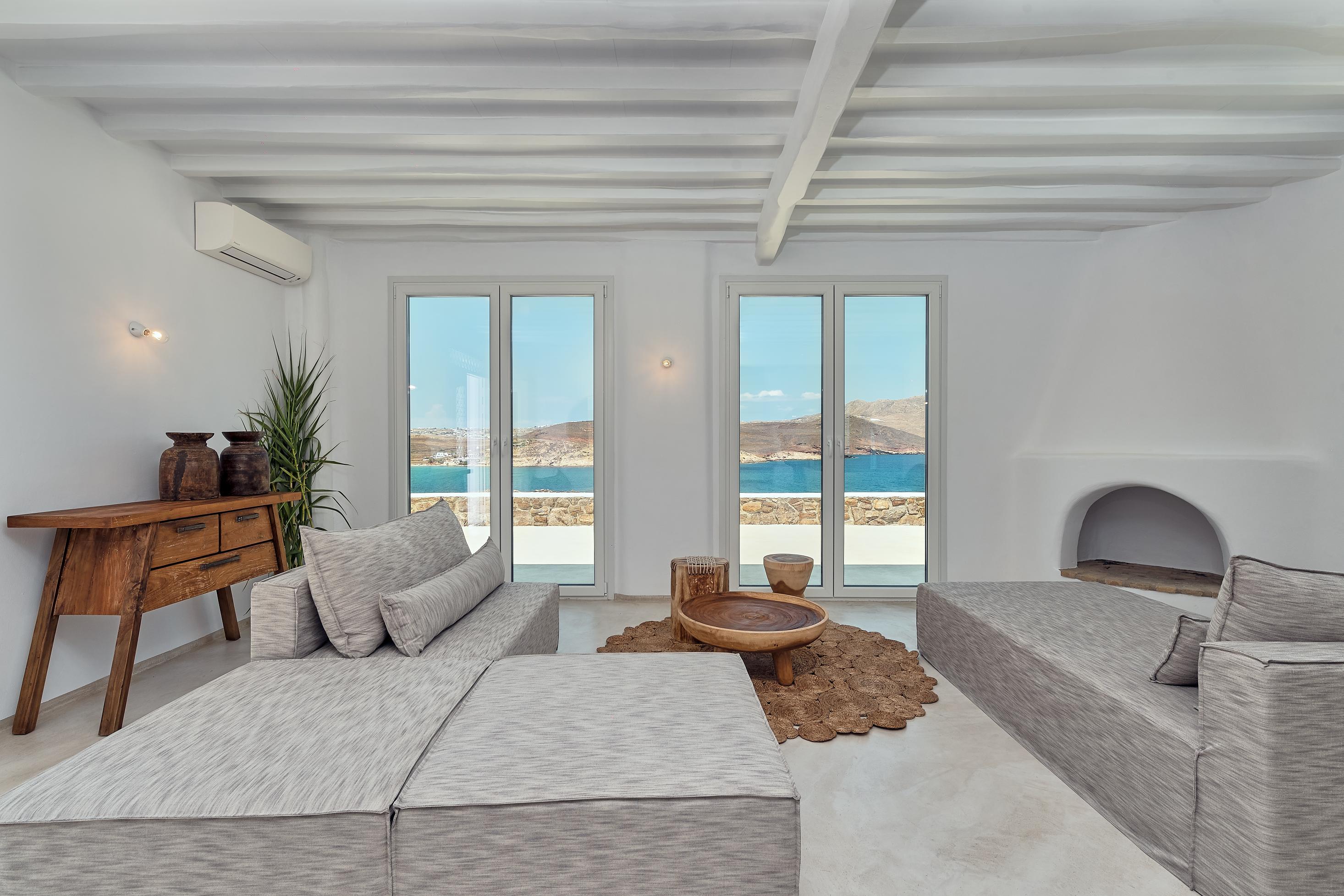 mykonos villas ftelia beach