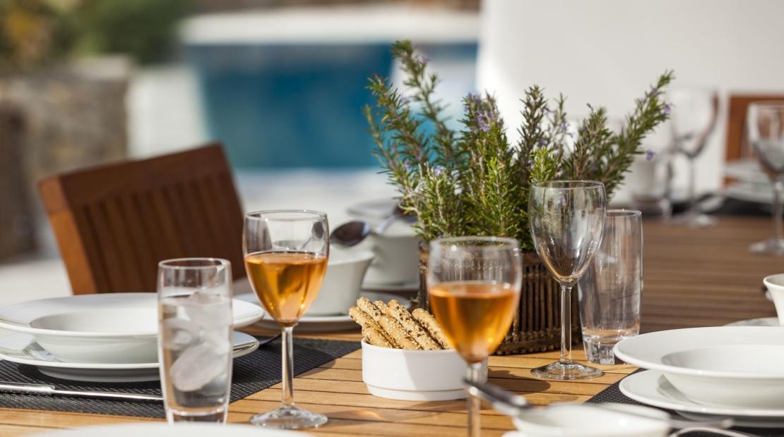 luxury villa rentals mykonos