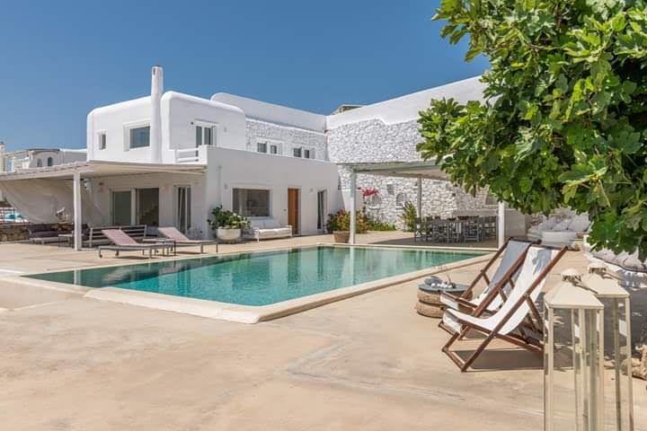 luxury holidays greece