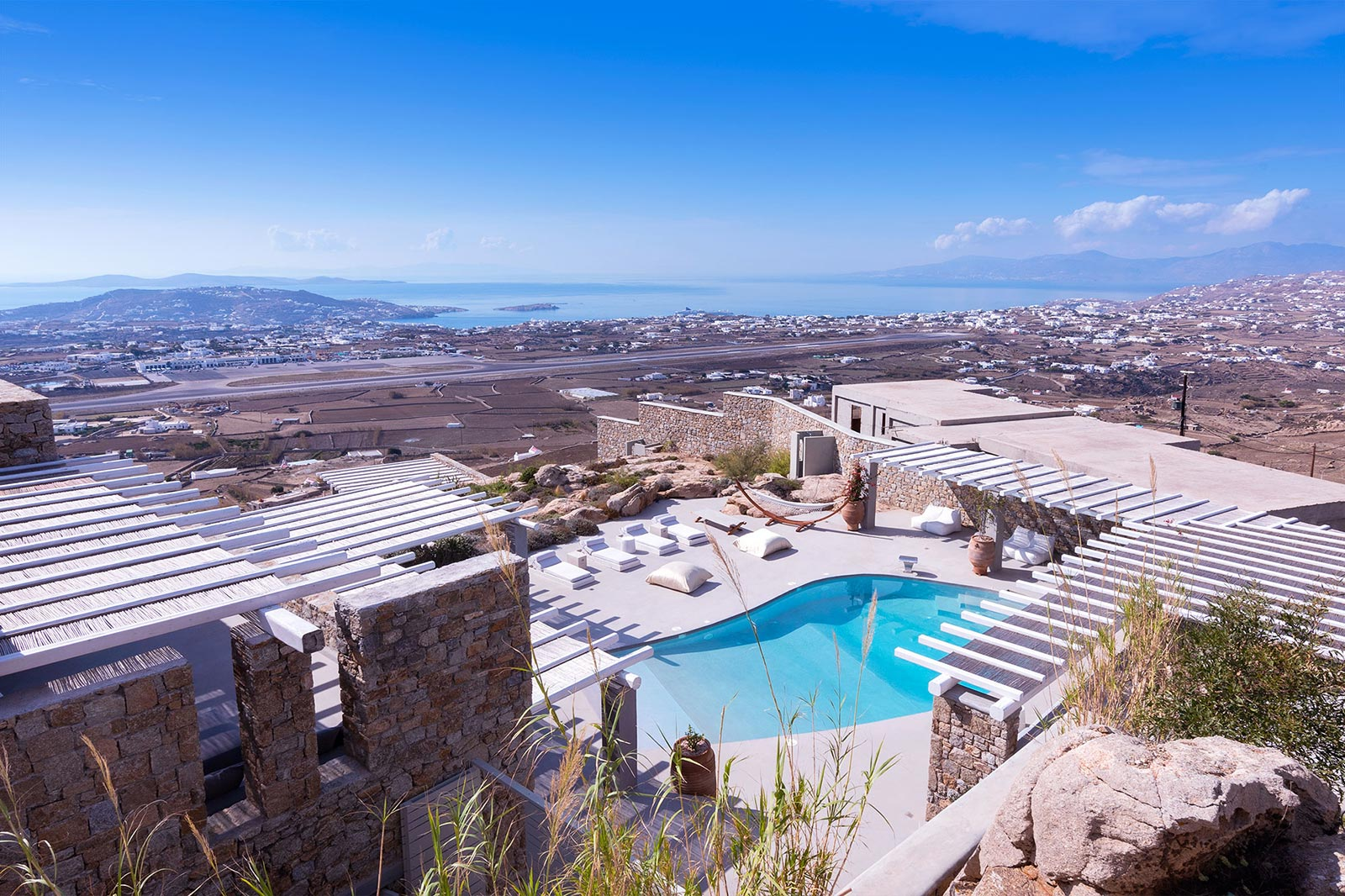mykonos rocks villas moonstone