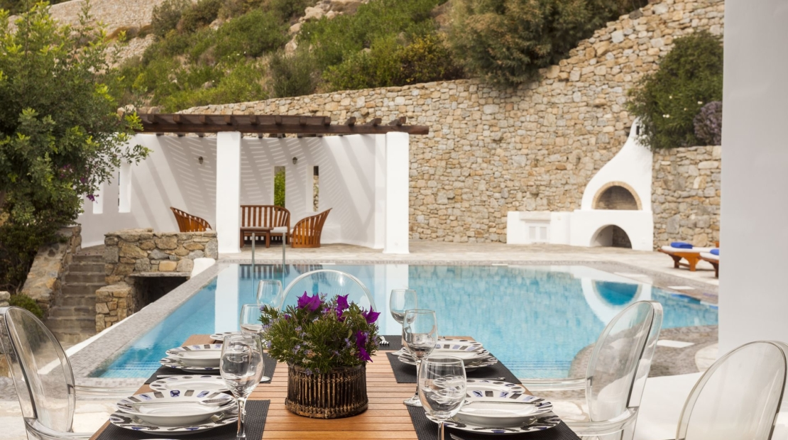 mykonos luxury villas greece