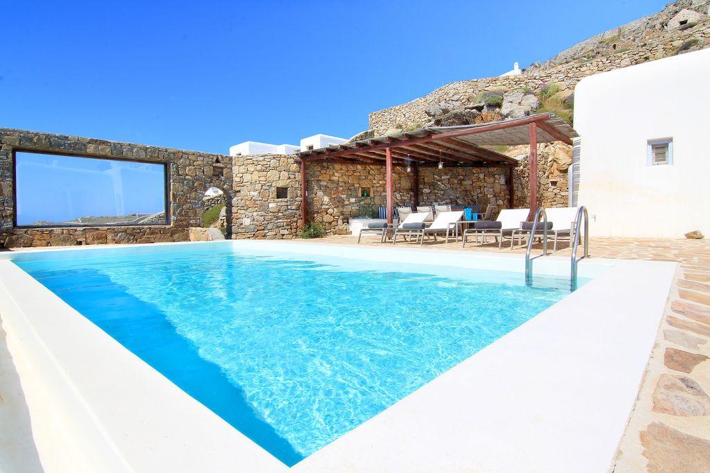 villa alex fanari