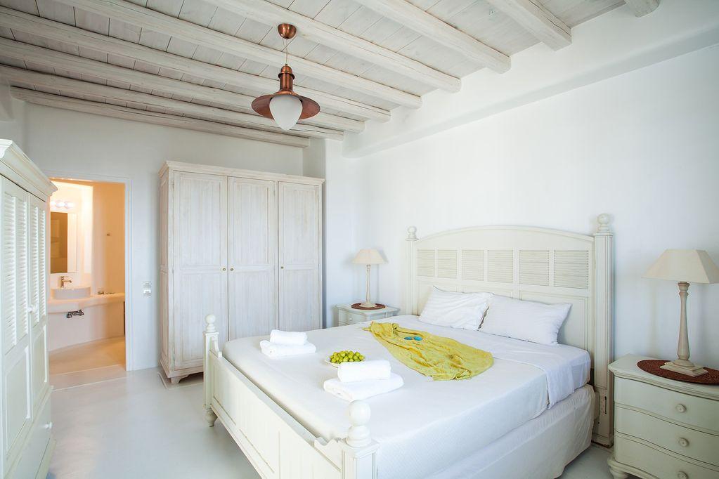 cheap villas mykonos