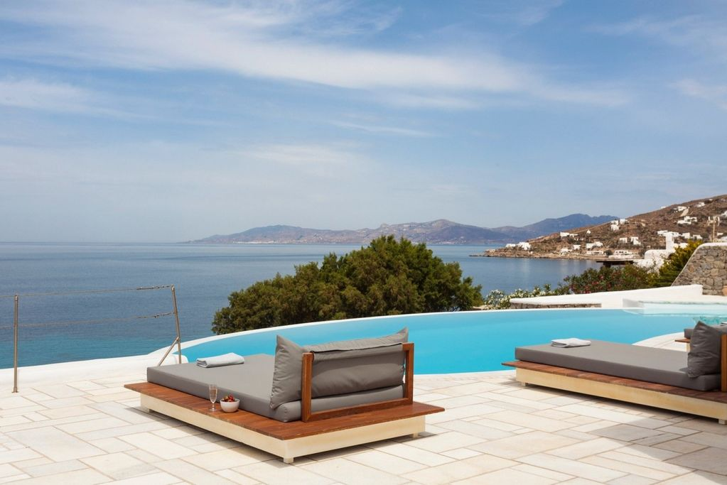 luxury villa tramonto aleomandra