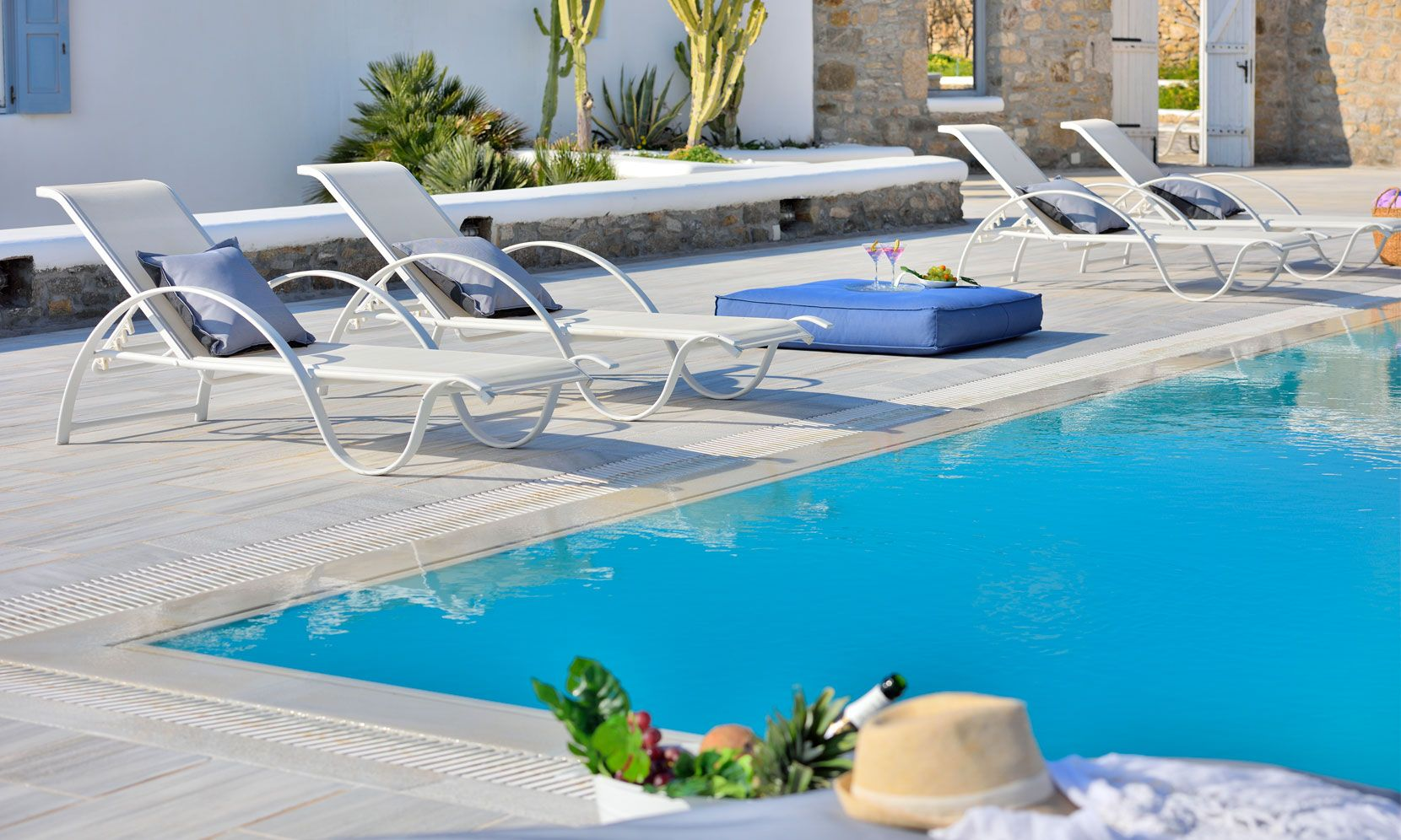 super paradise beach villas