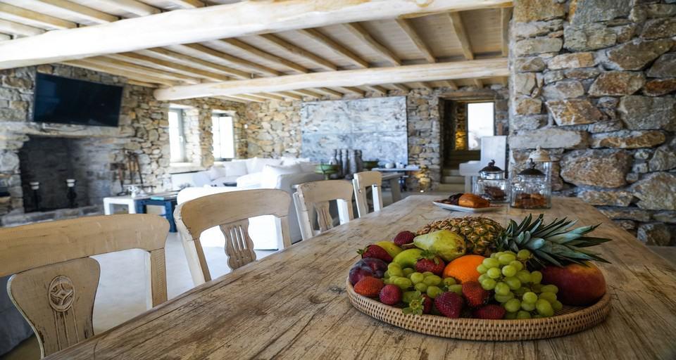 villa kastro mykonos dining