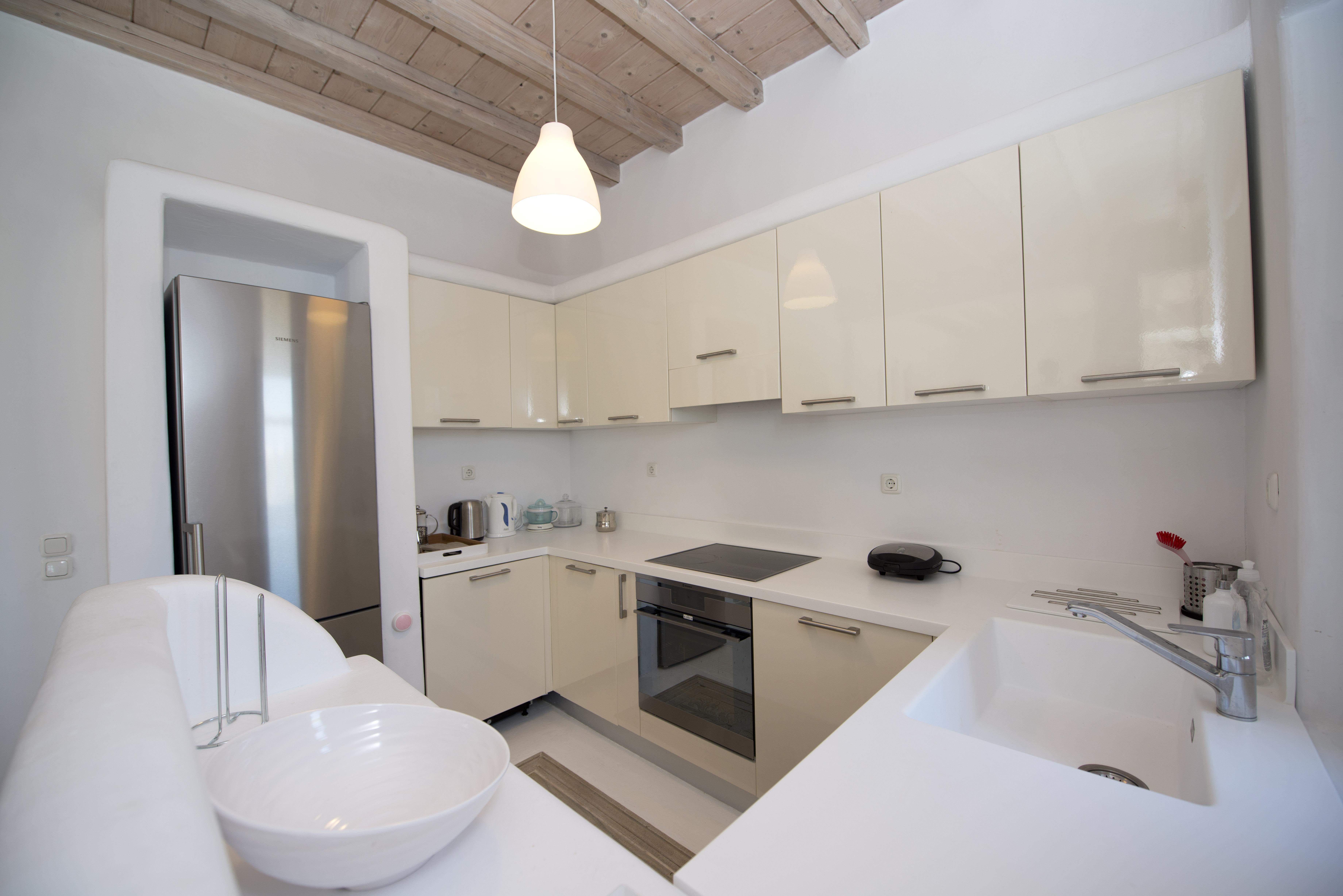 villa vivo agios lazaros kitchen