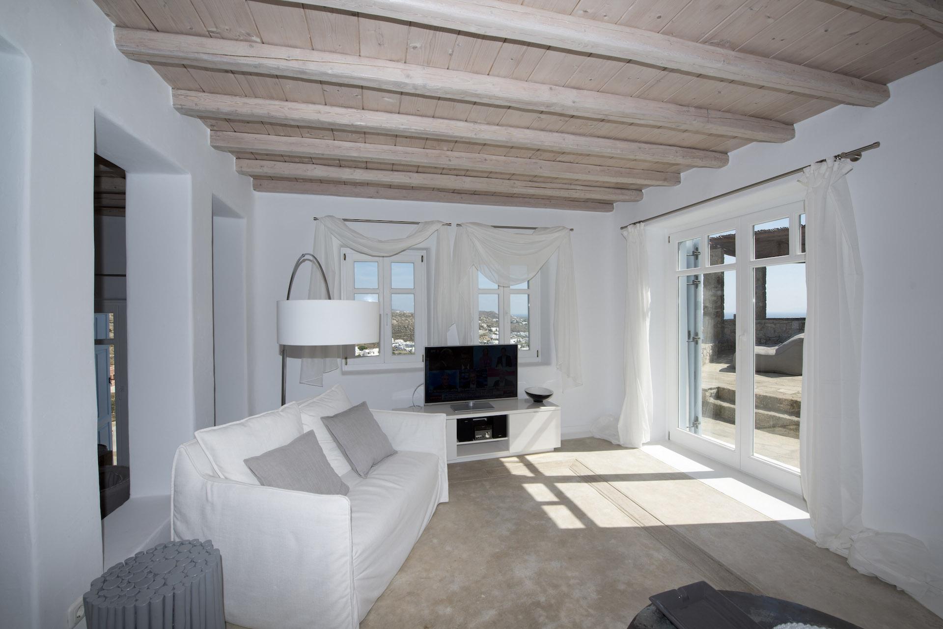 lounge villa vivo agios lazaros