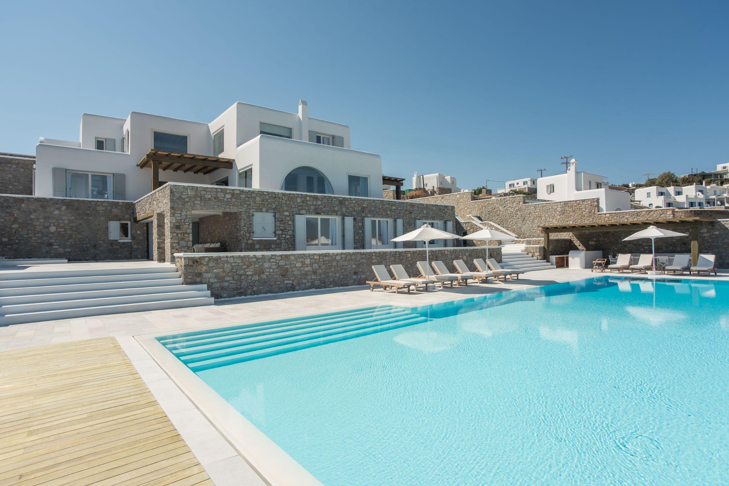villa Castillo Cinque pool