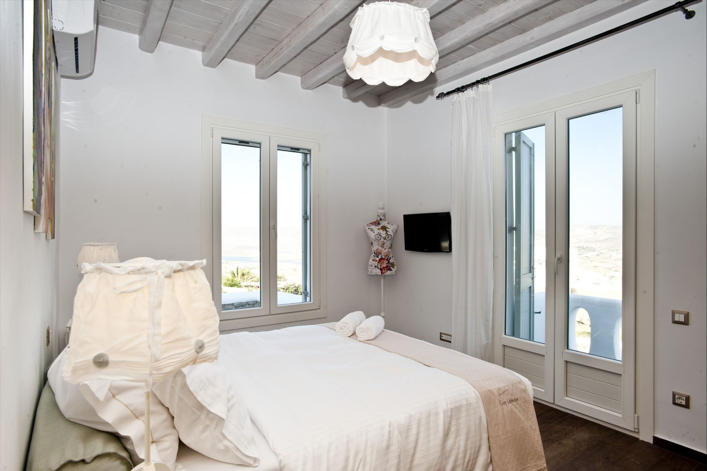villa mare blu room