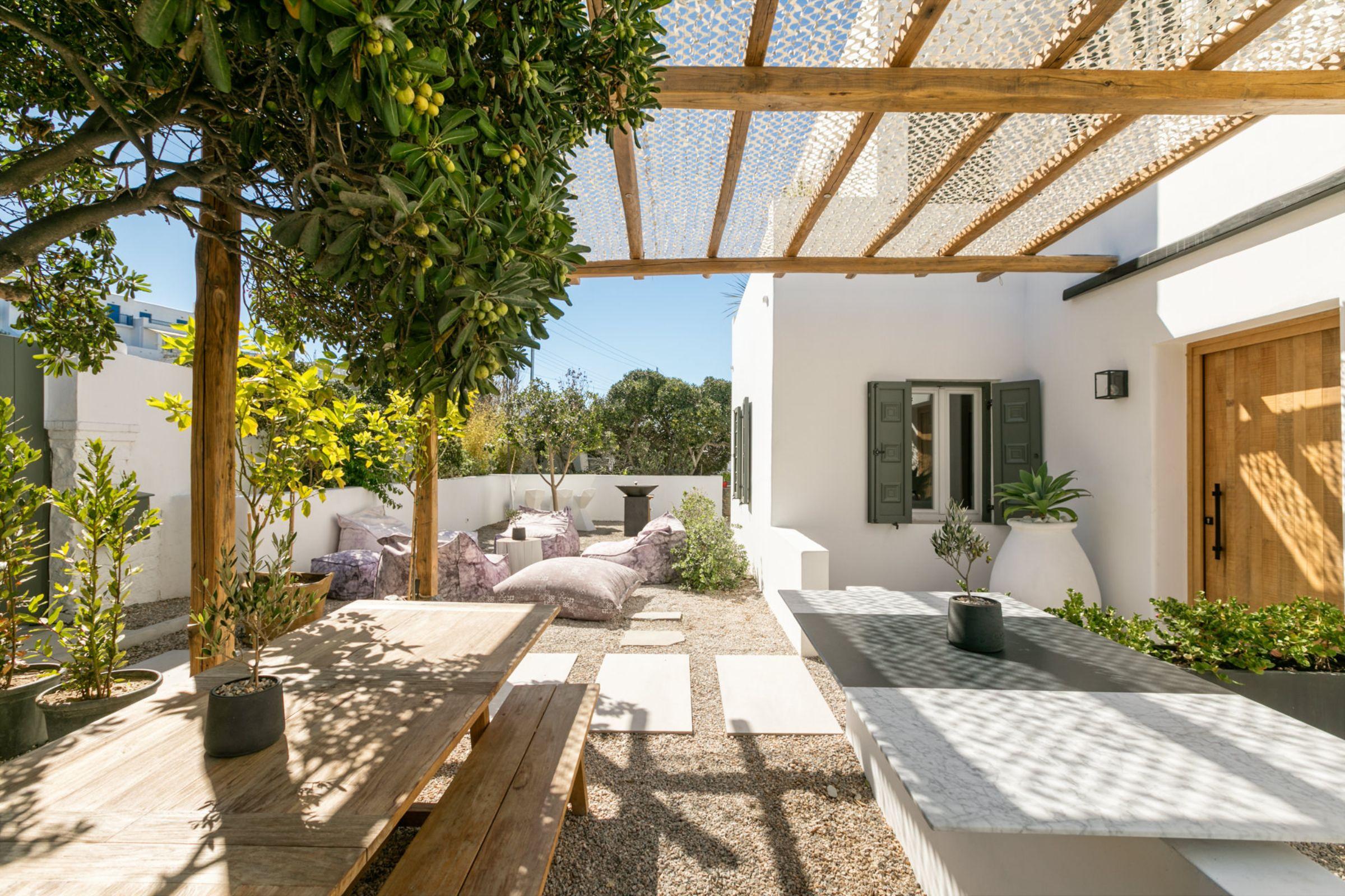 chora villa mykonos garden