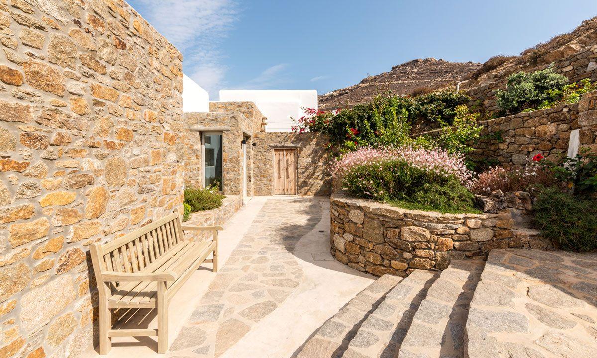 villa ambiente ftelia garden