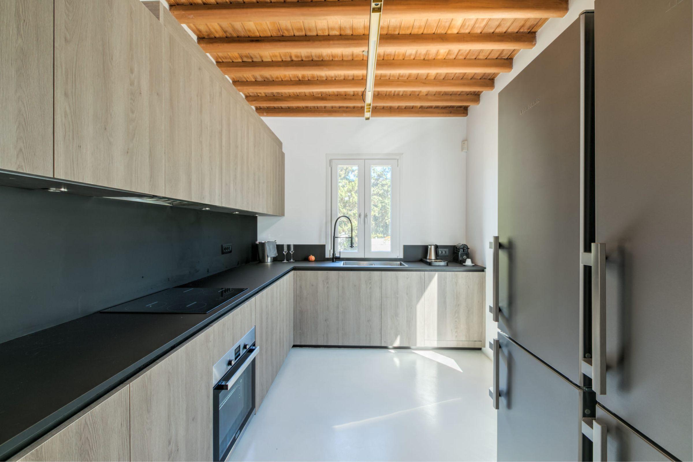 chora villa mykonos kitchen