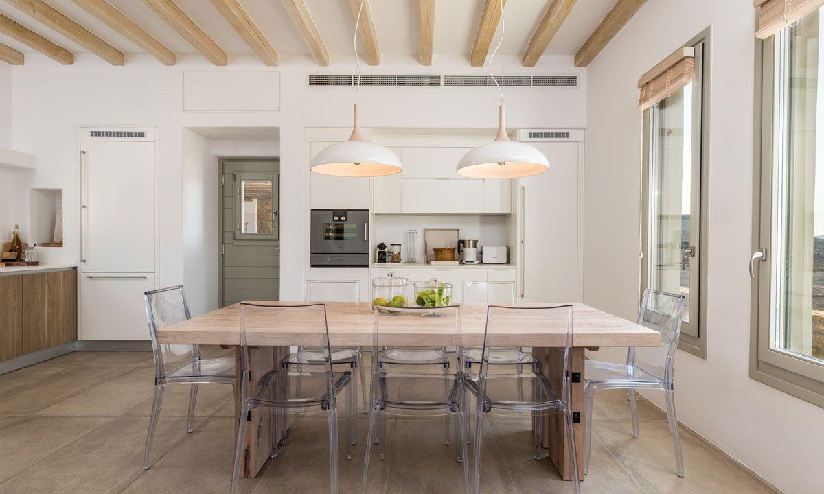 villa ambiente ftelia kitchen