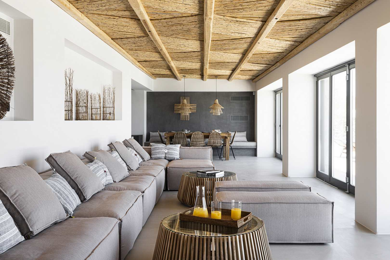 lounge villa aleomandra cove