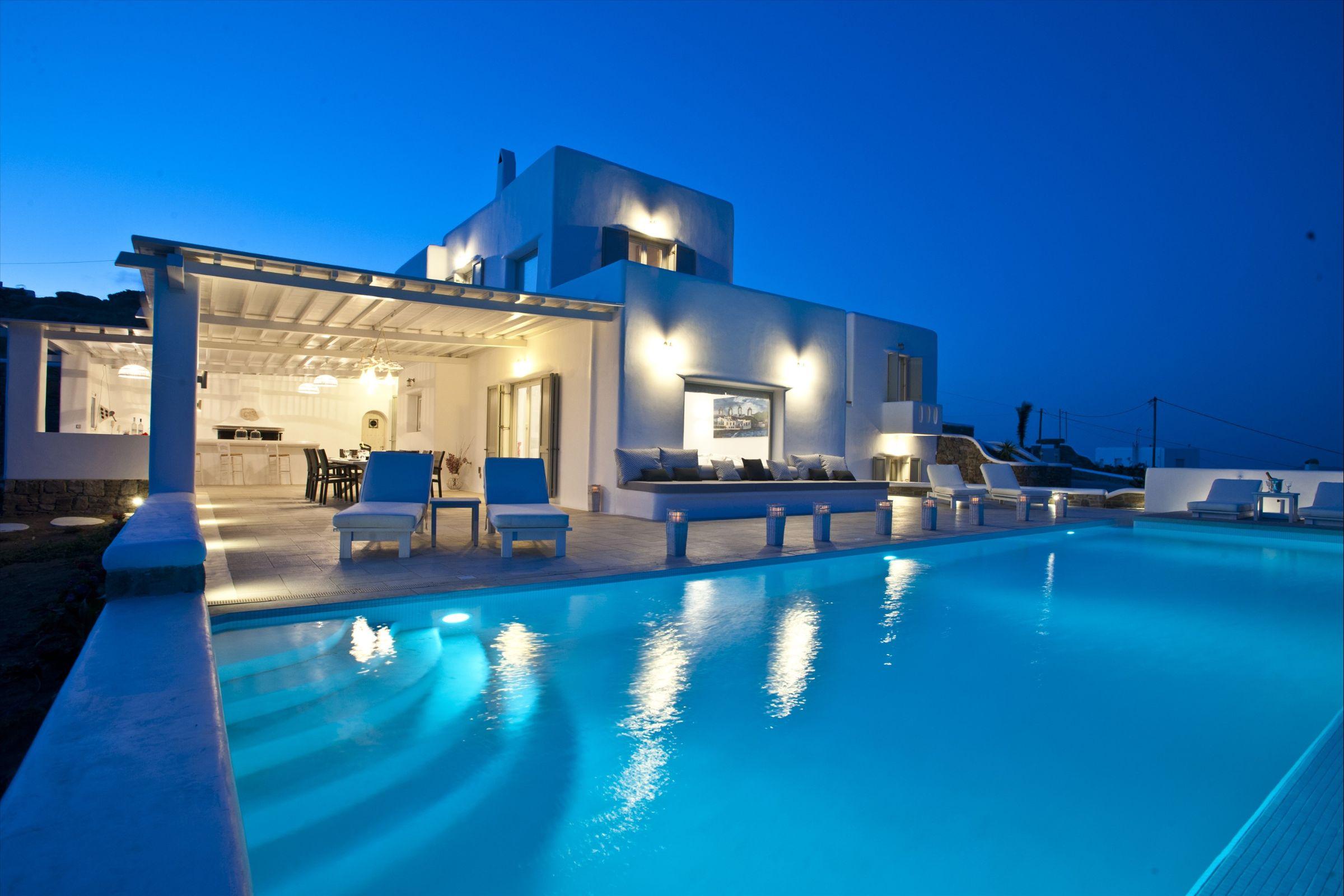 villa mare blu pool