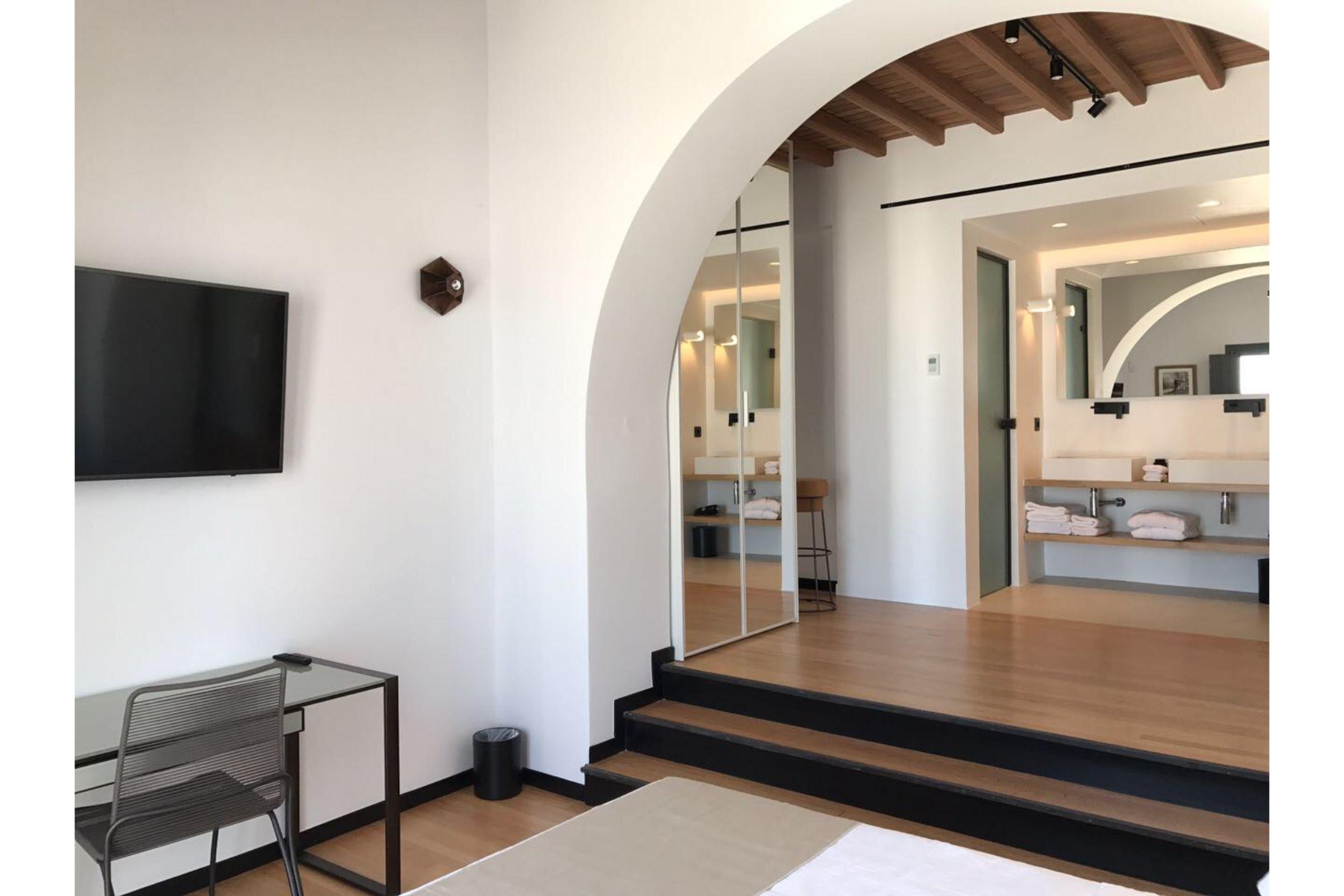 chora villa mykonos shower