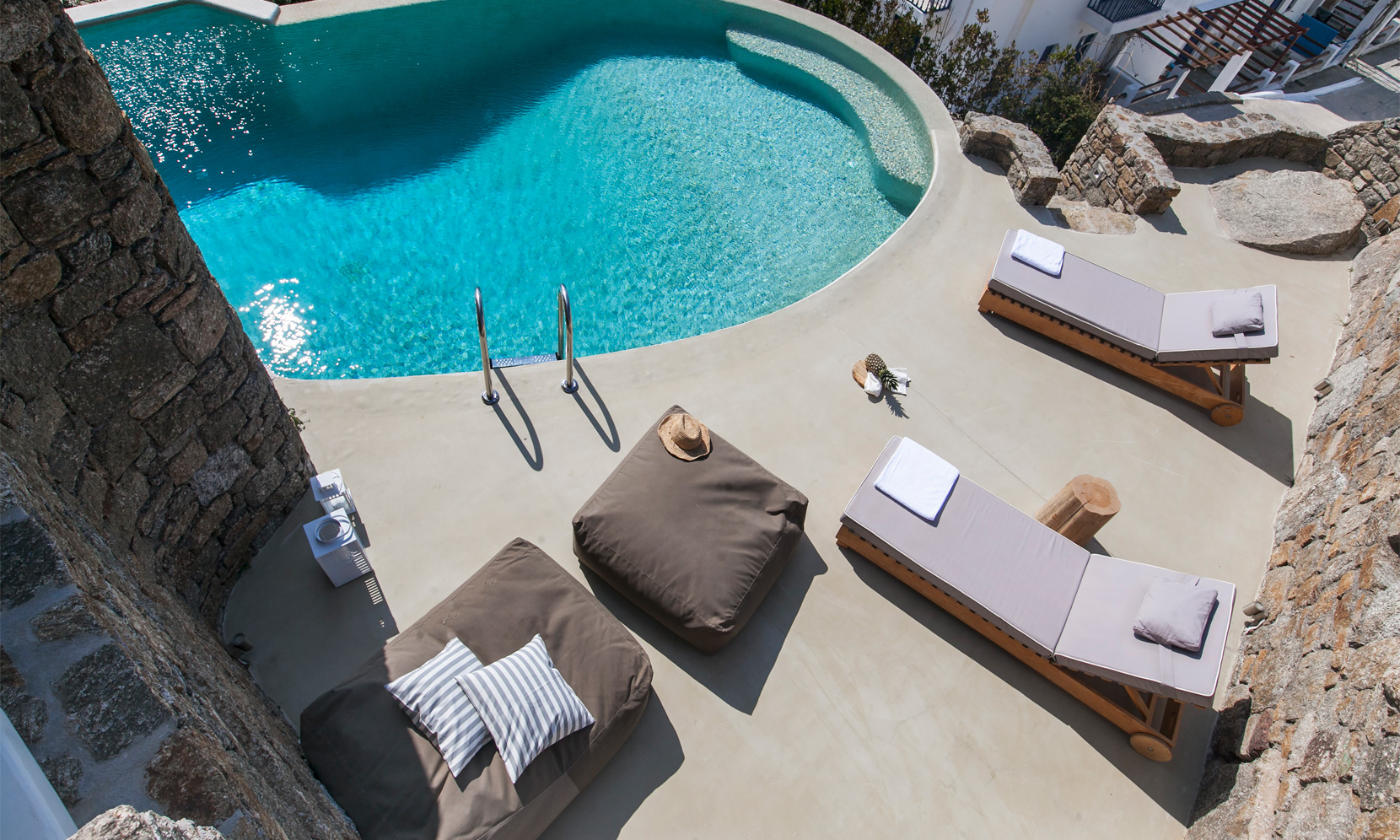 villa gialos mykonos pool