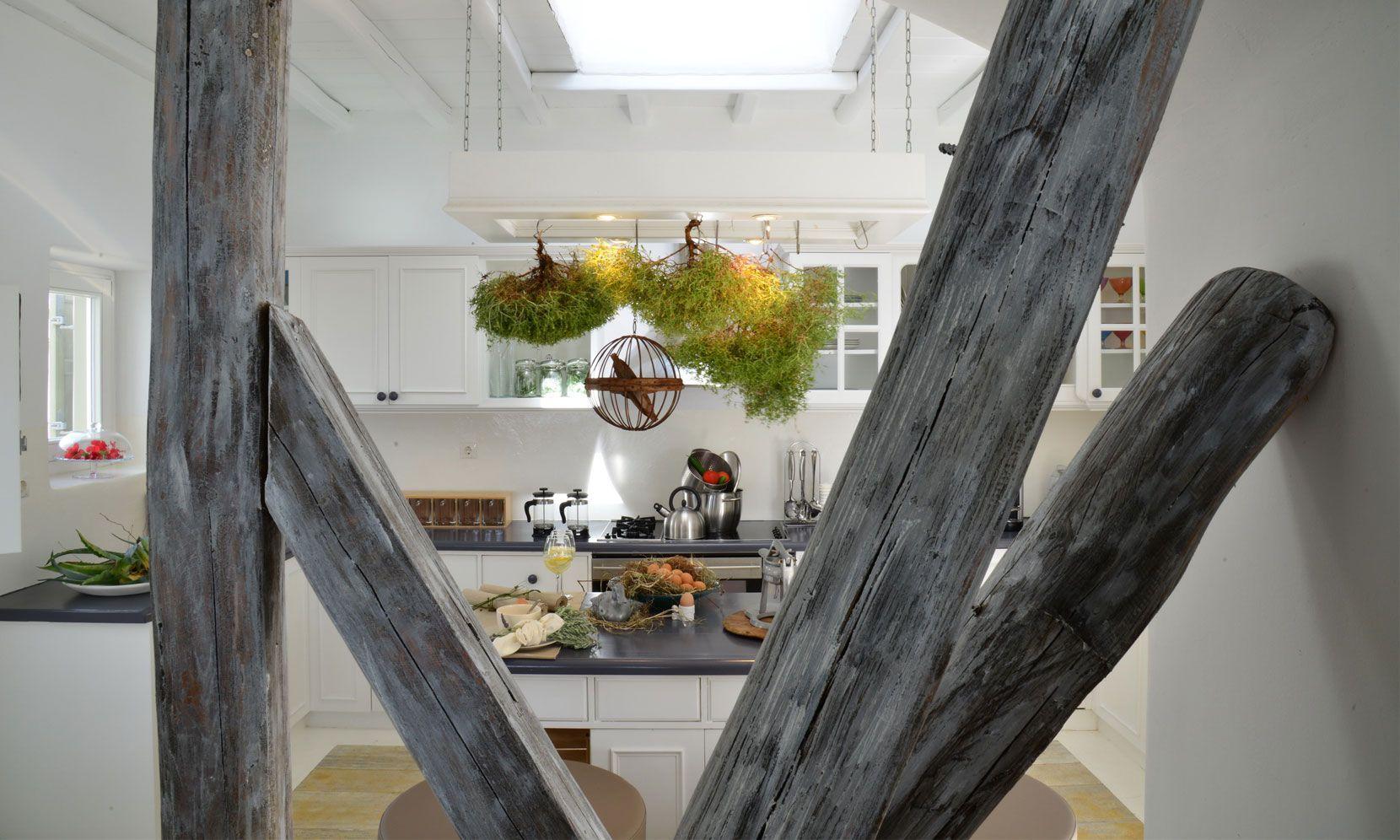 agrari rocks kitchen