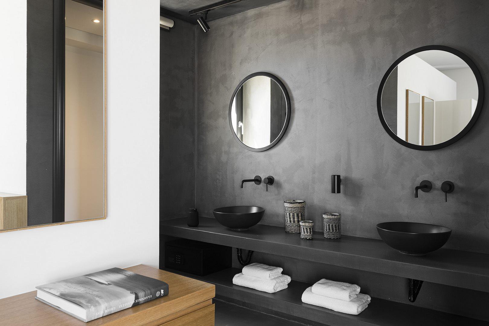 villa aleomandra cove shower