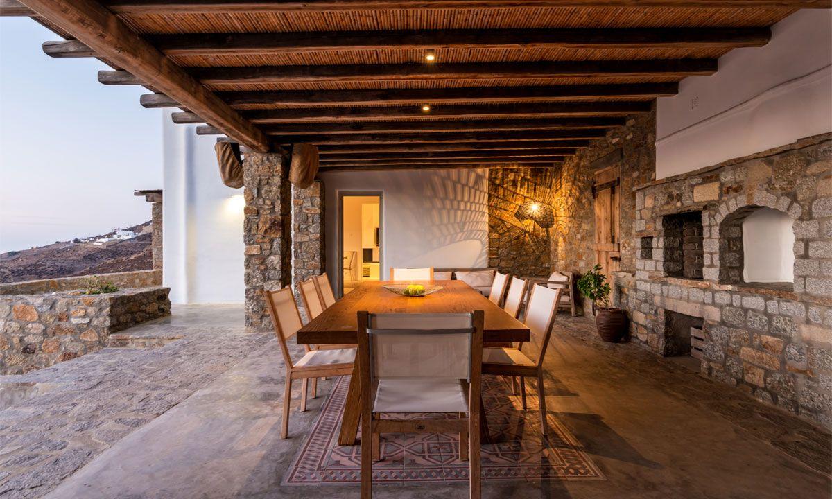 villa ambiente ftelia dining