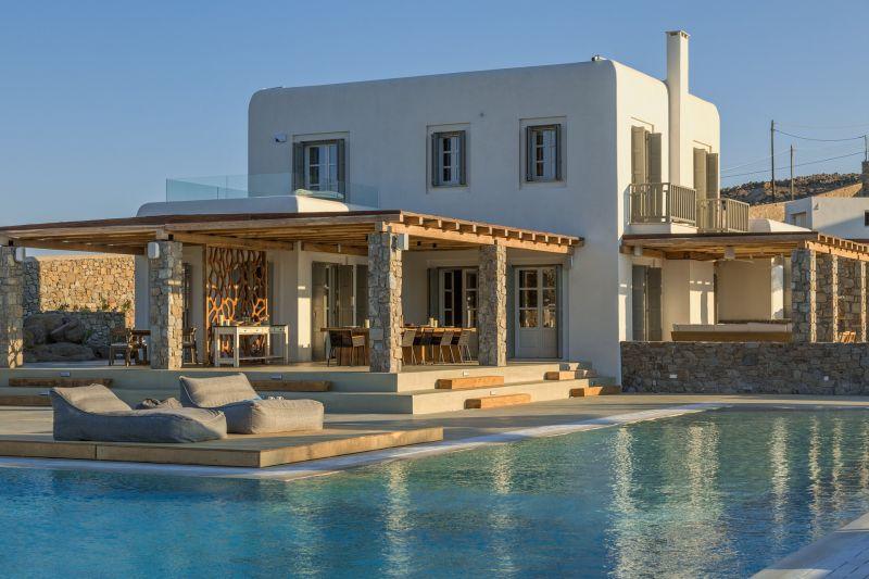 villa aspinal aleomandra terrace