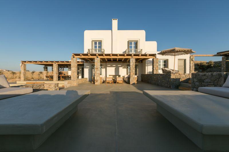 terrace villa aspinal aleomandra