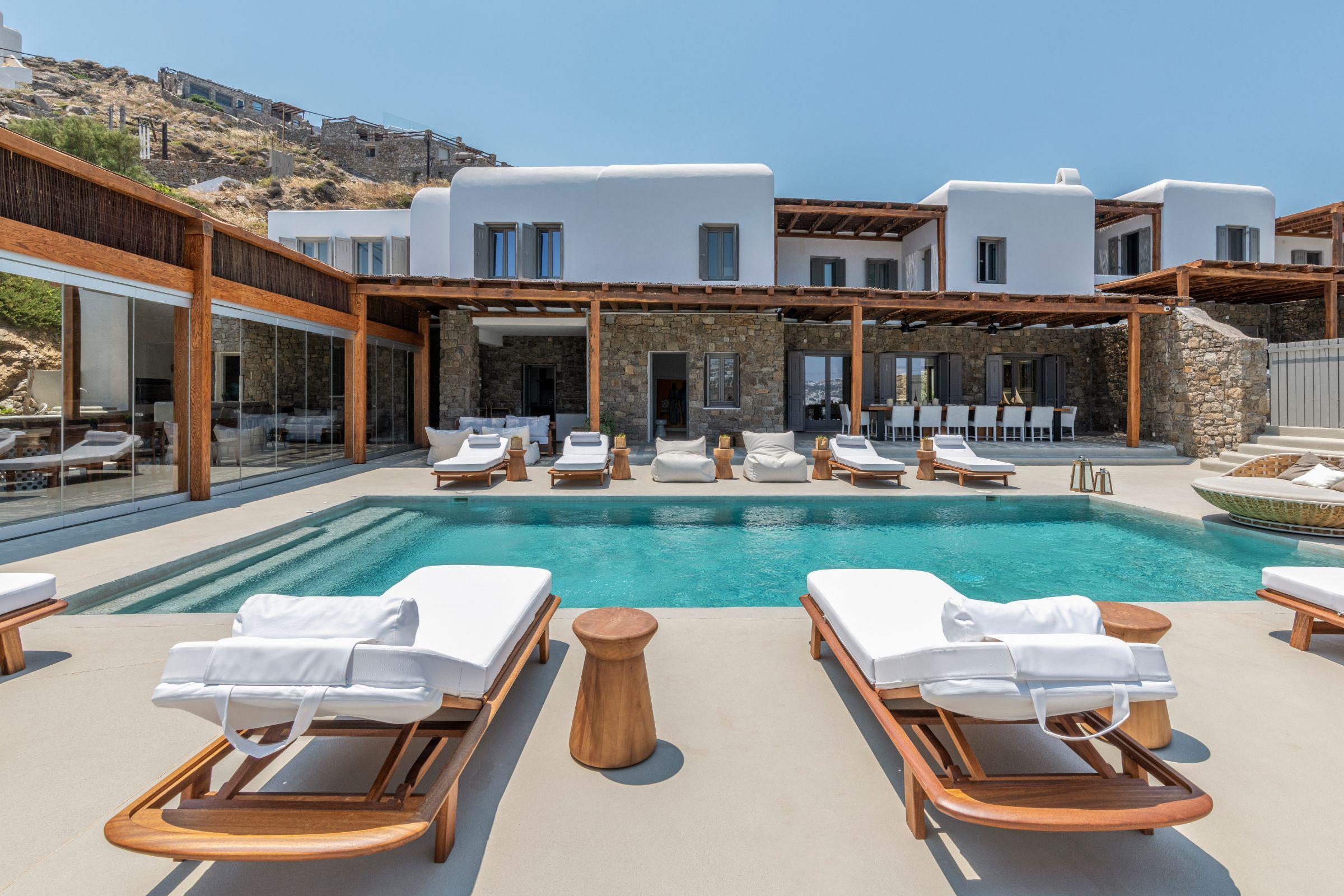 pool villa kastro l kanalia