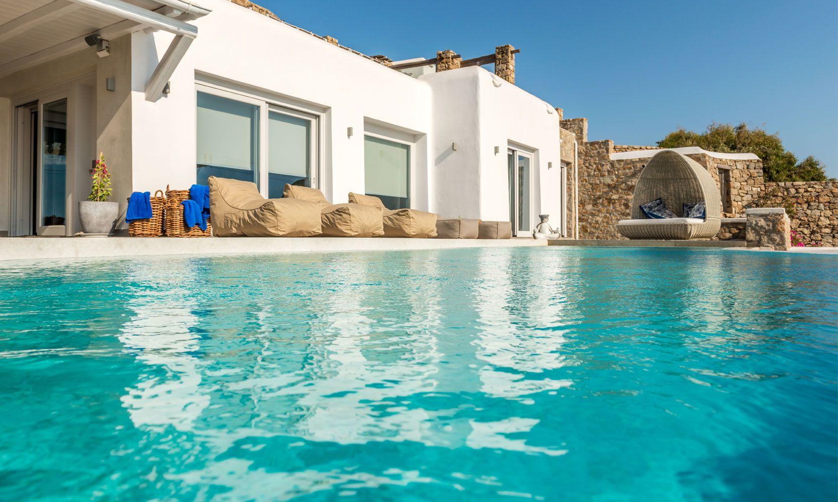 villa calico agios ioannis pool