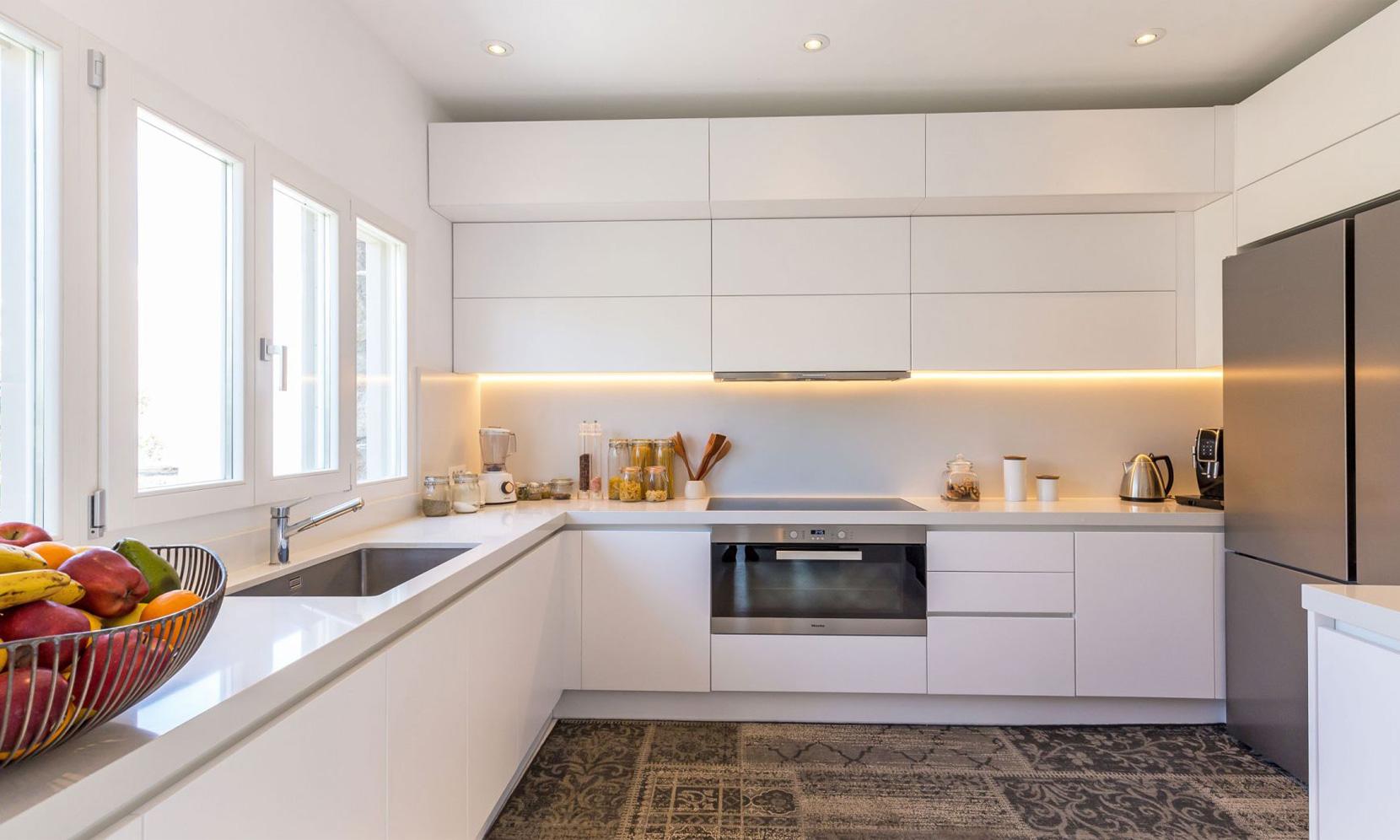 kitchen villa elia sea breeze