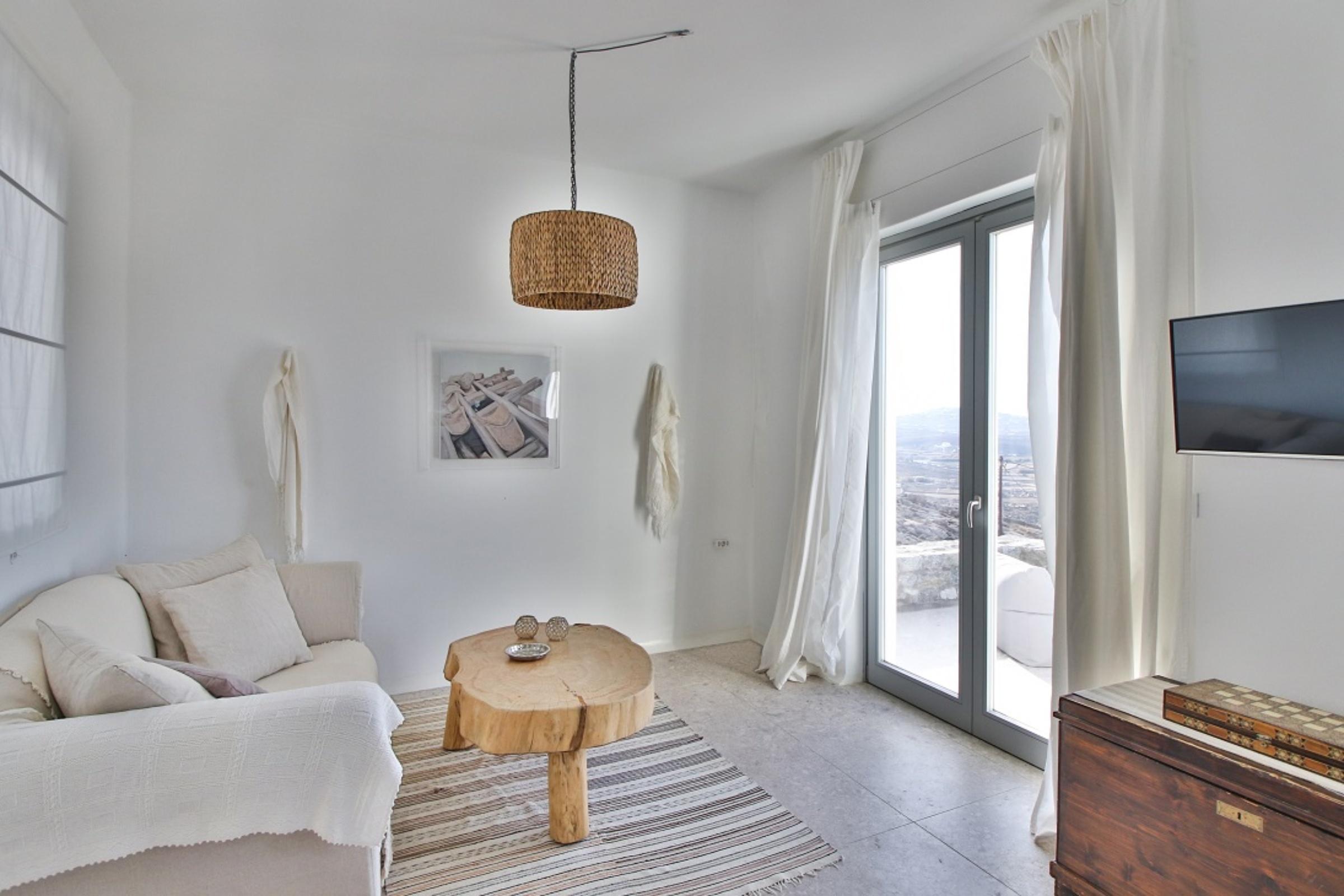 lounge villa gian ftelia