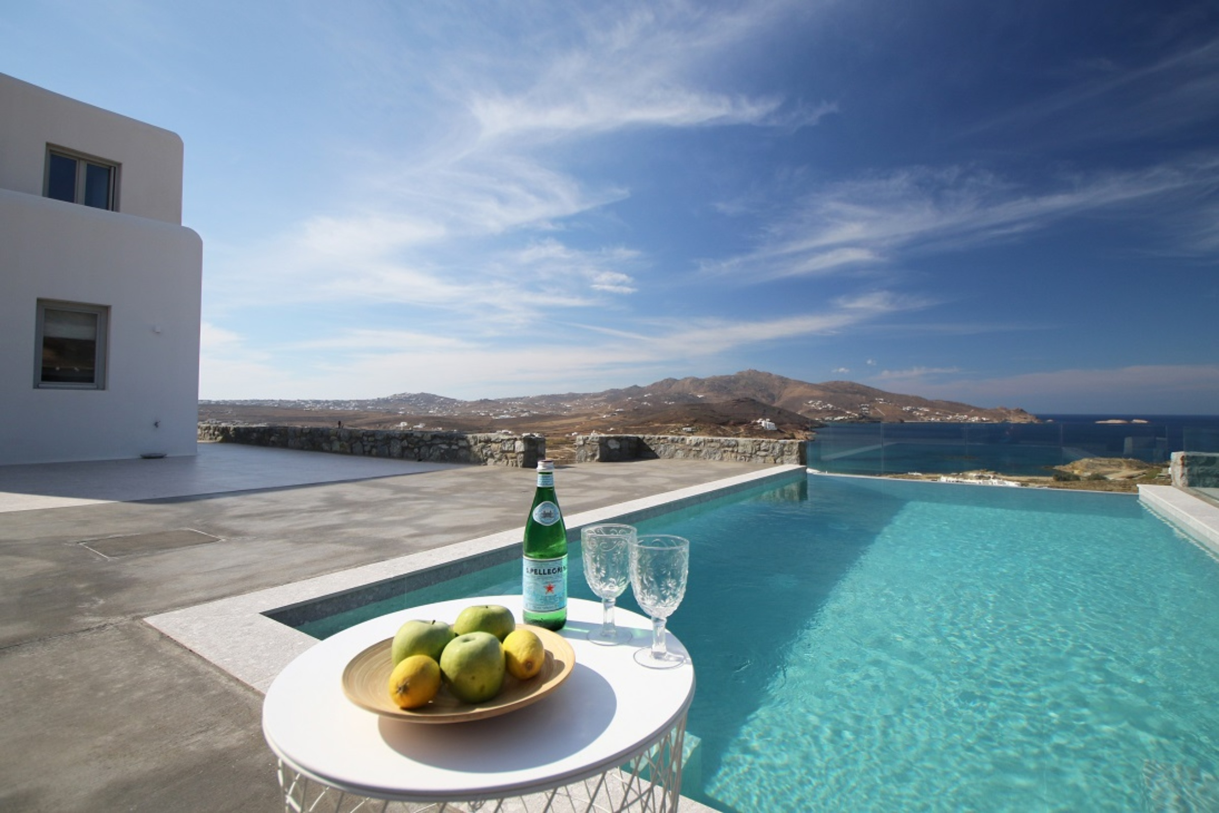 villa gian ftelia views