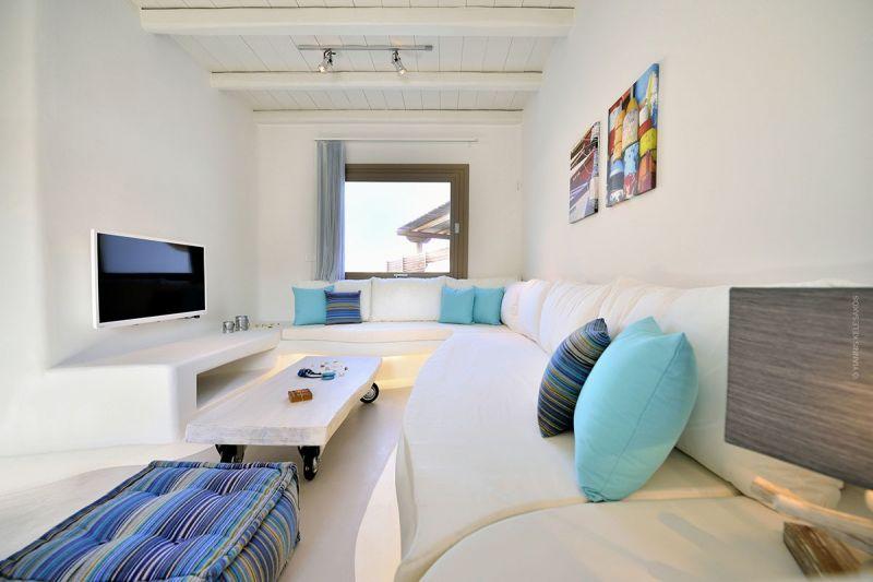 villa kiki elia beach seating