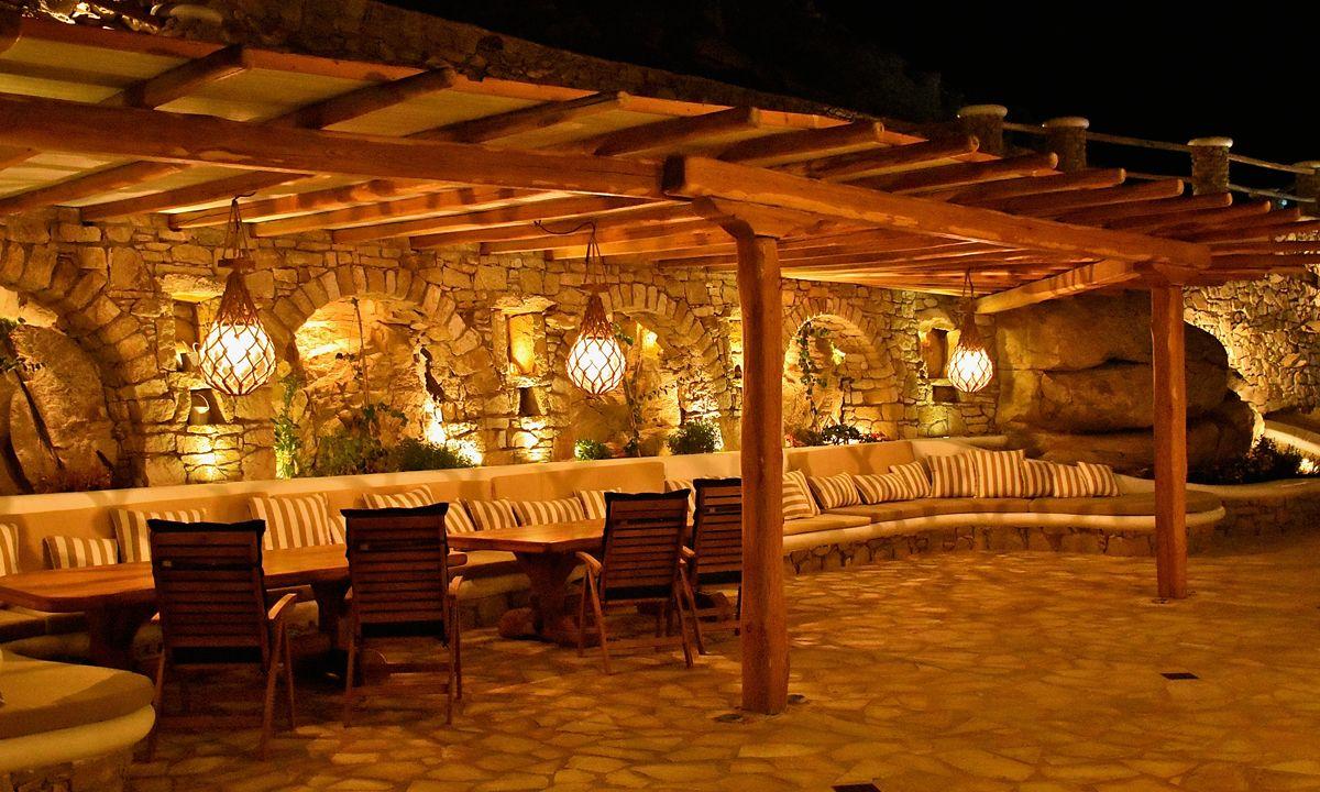 villa patra kanalia seating