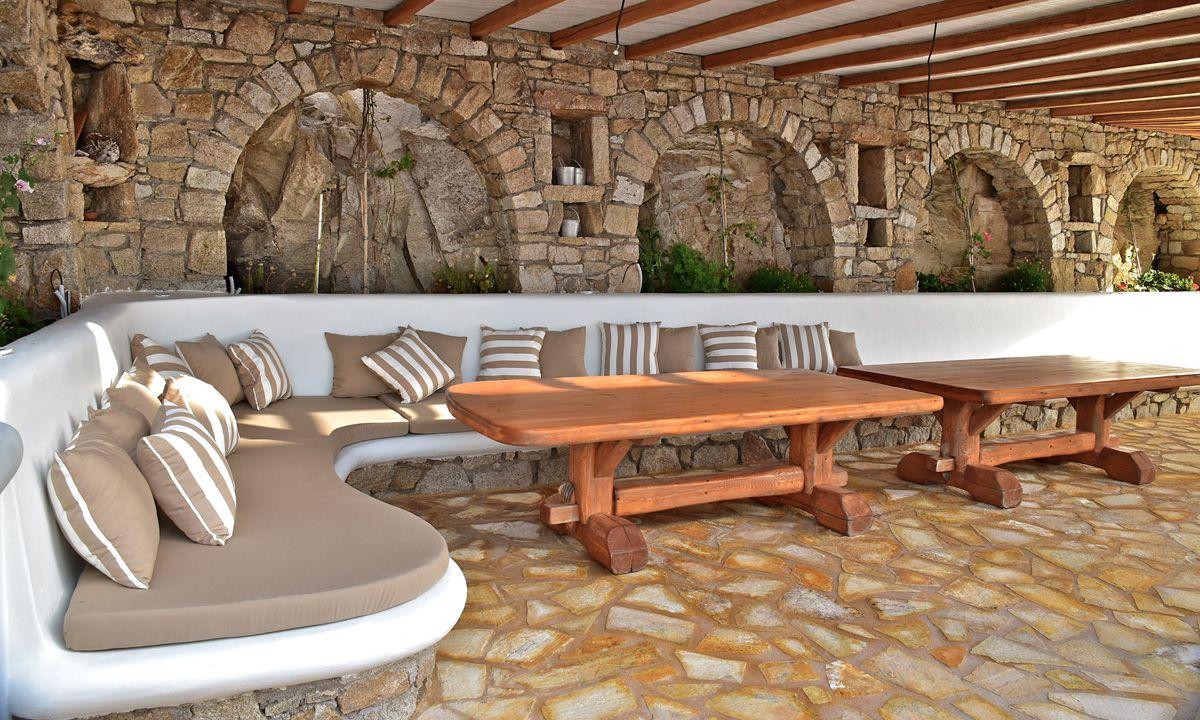 comfy corner villa patra kanalia