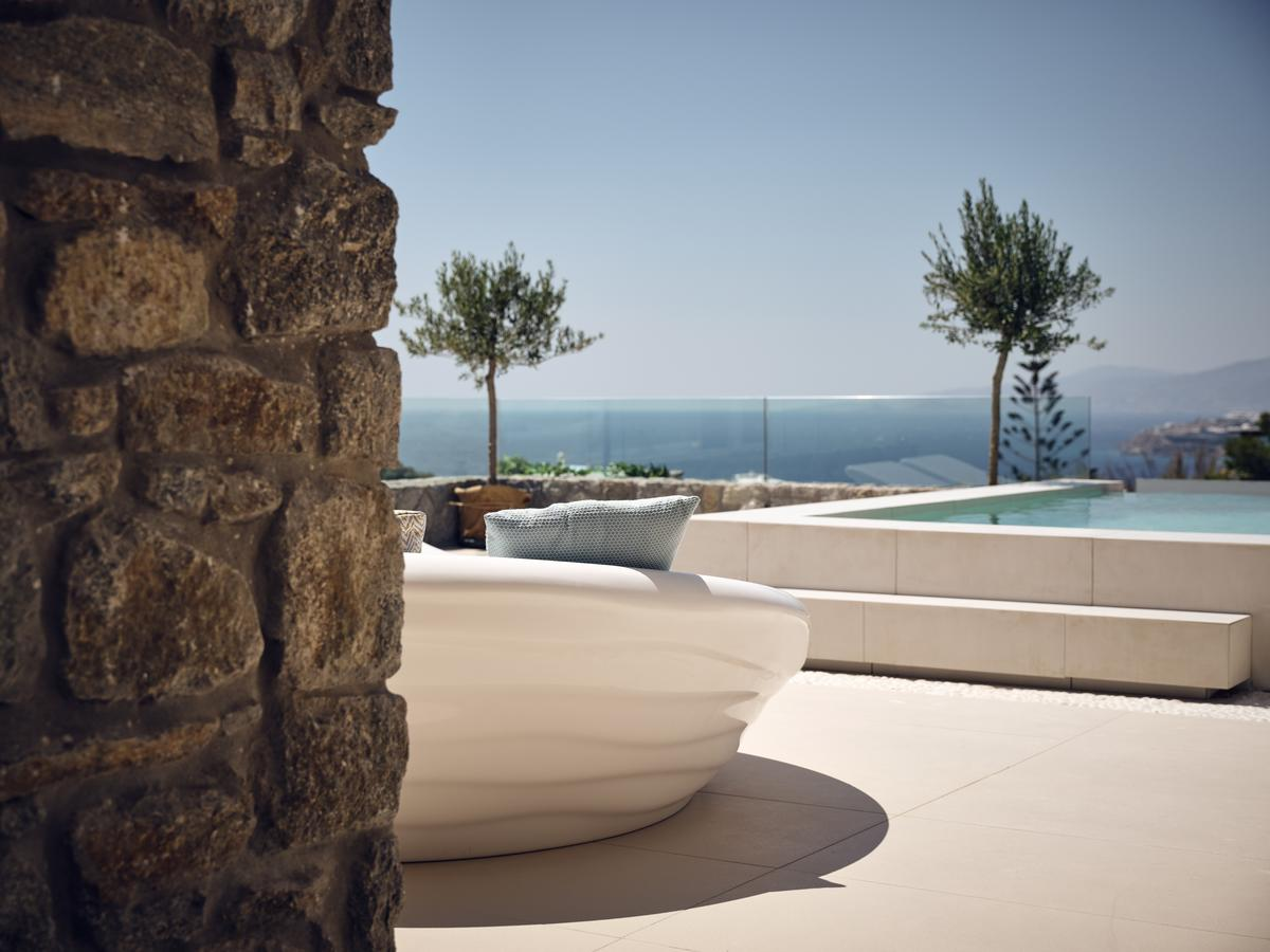tourlos botique villas pool