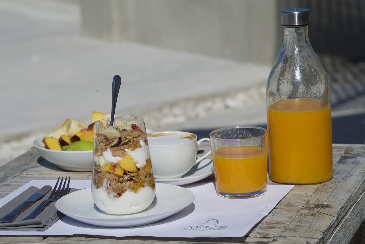 tourlos botique villas breakfast