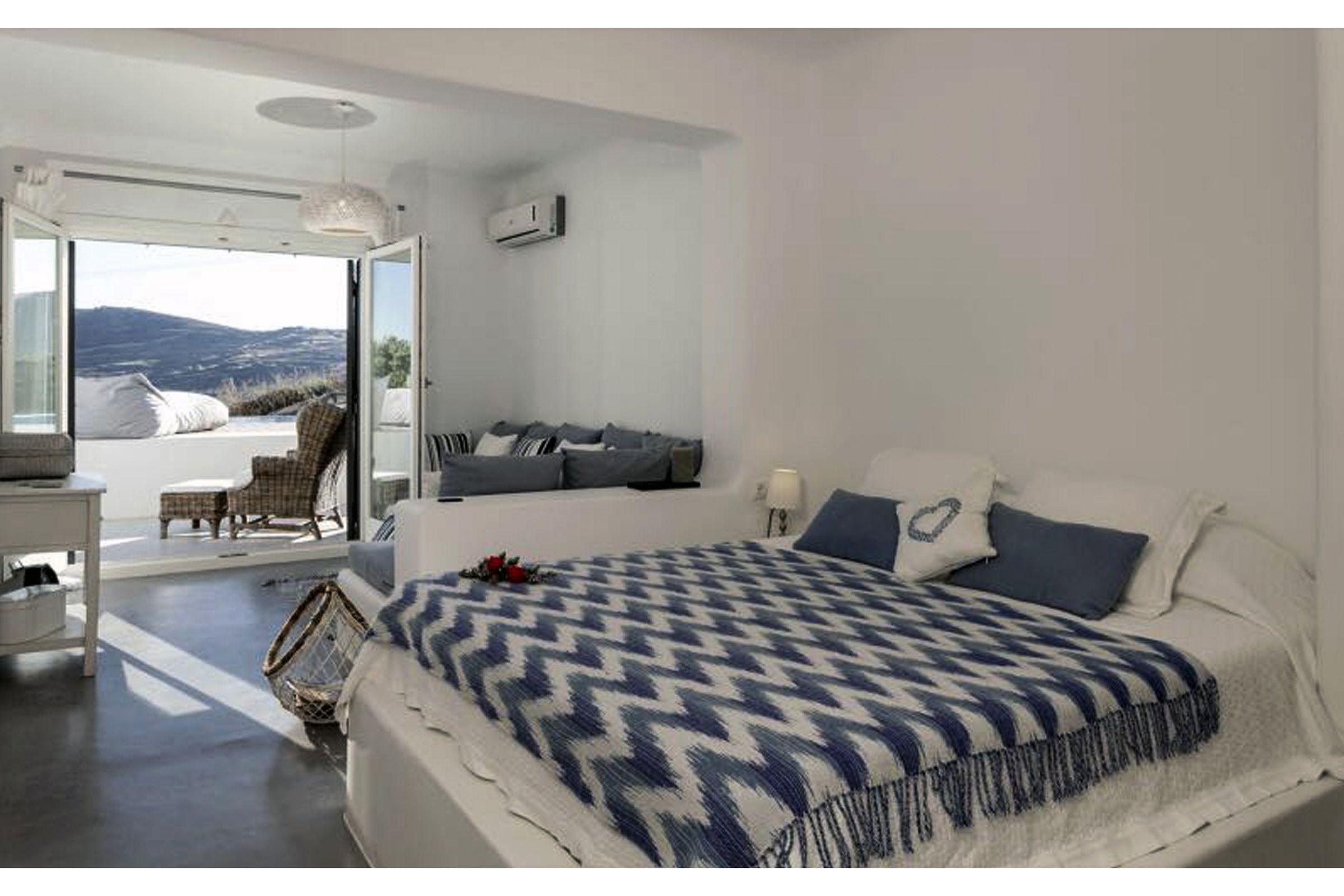 villa summer blue mykonos master