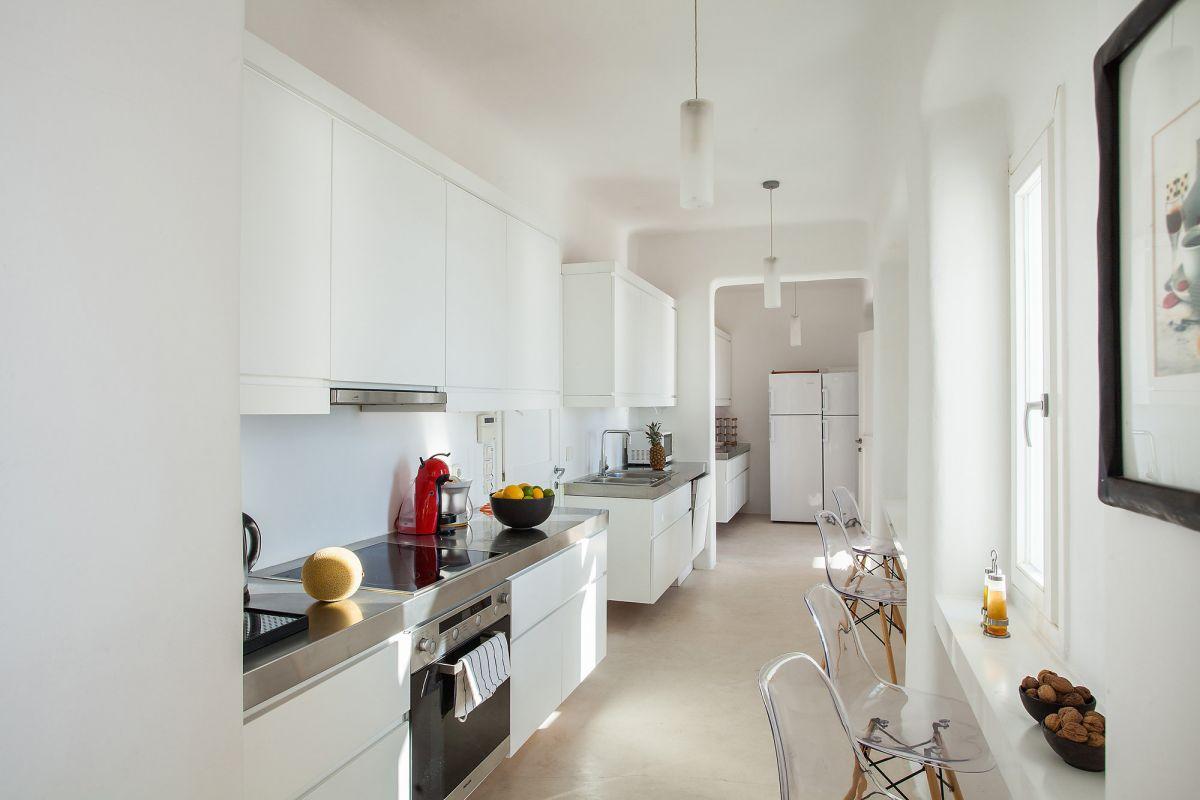 villa cassey aleomandra kitchen