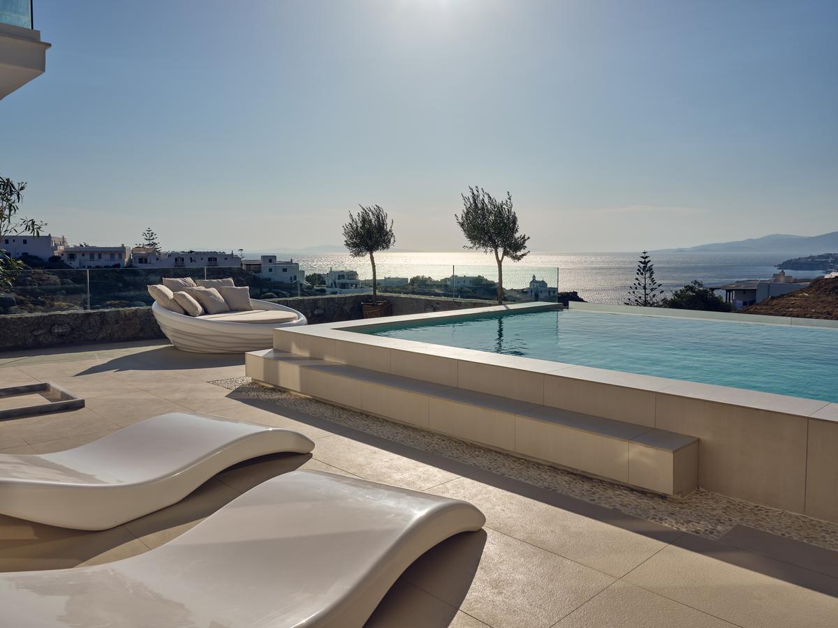 pool tourlos botique villas