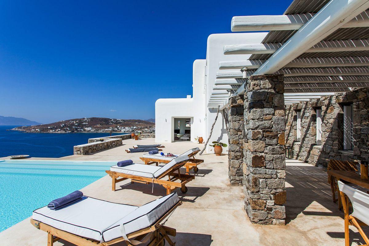 ornos villas mykonos