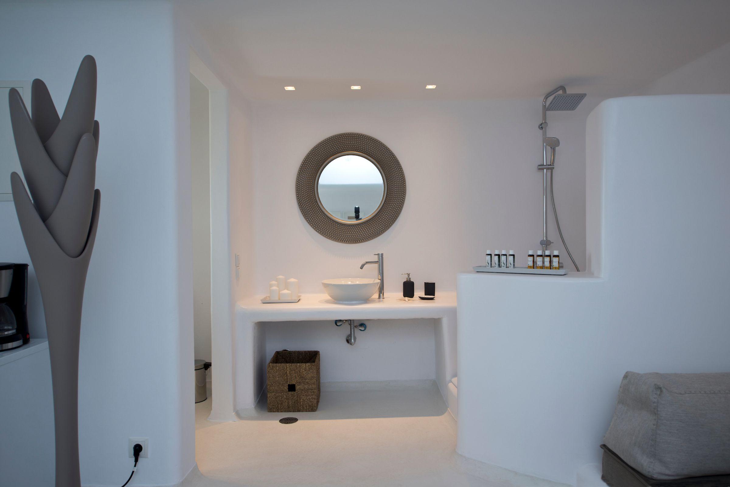 bathroom tourlos private estate